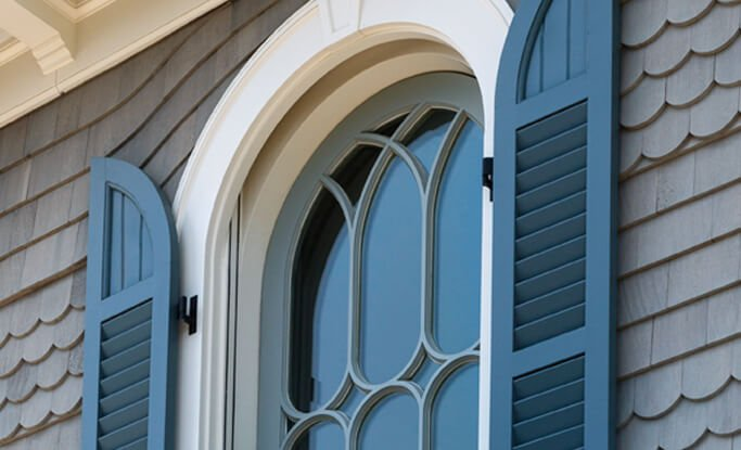 Timberlane's radius tops are the perfect addition for a picture-perfect install onto arched windows